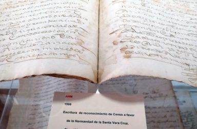 Documentos antiguos y administrativos