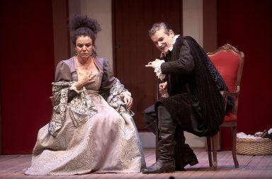 La compañía Corrales de Comedias Teatro representa `La discreta enamorada´